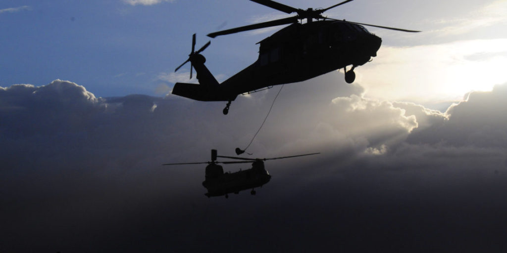 us_army_helicopters-1140x570