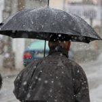 Κακοκαιρία: Βροχές και τσουχτερό κρύο τη Δευτέρα – Χιόνια και στην Πάρνηθα